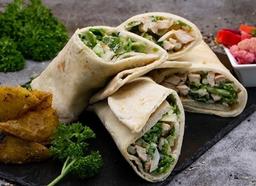 Combo Shawarmas Pollo (2) + Bebida Tamer Hindi + Postre Baklawa